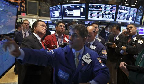 Traders work on the floor of the New York Stock Exchange August 28, 2013. REUTERS/Brendan McDermid