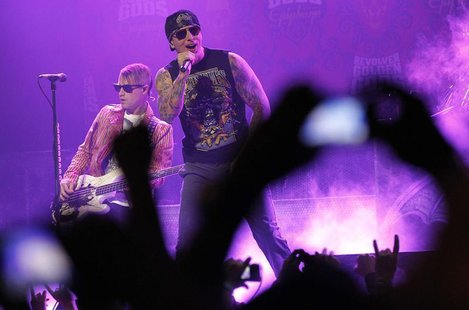 M. Shadows (C) of rock band Avenged Sevenfold performs at the 3rd annual Golden Gods awards in Los Angeles April 20, 2011. REUTERS/Mario Anz