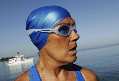 U.S. long-distance swimmer Diana Nyad is pictured before attempting to swim to Florida from Havana August 31, 2013. REUTERS/Enrique De La Os