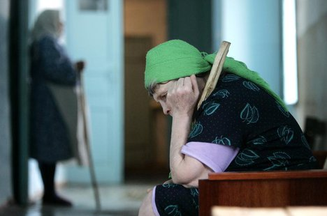 Residents are seen in a senior citizens' home in Svetlograd, about 100 km (62 miles) from Russia's southern city of Stavropol April 1, 2009.