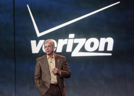 Lowell McAdam, Verizon's chief executive officer (CEO), speaks at the closing first day keynote at the Consumer Electronics Show (CES) in La