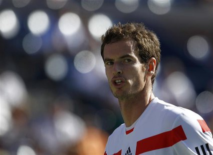 Andy Murray of Britain reacts after a missed point against Stanislas Wawrinka of Switzerland at the U.S. Open tennis championships in New Yo