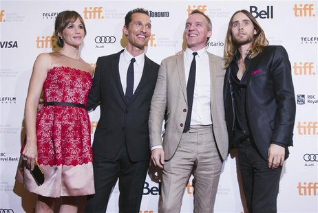 "Director Jean-Marc Vallee (2nd R) with cast members Jennifer Garner (L), Matthew McConaughey (2nd L) and Jared Leto arrive for the ""Dallas B"
