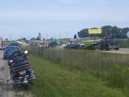 Two vehicle crash slows down traffic on Highway 41 Sunday in Kaukauna. (Photo by: FOX 11).