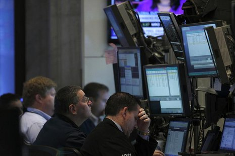 Traders work on the floor of the New York Stock Exchange, September 13, 2013. REUTERS/Brendan McDermid