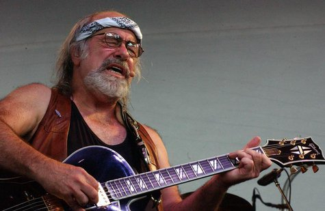 Grateful Dead lyricist Robert Hunter performs at the Alpine Valley Music Center in East Troy, Wisconsin, late August 3, 2002. The two-day mu