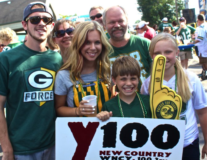 Y100 Preseason Tailgate Parties in the Summer Sun