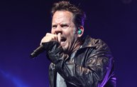 Up Close With Gary Allan at the Resch Center in Green Bay 21