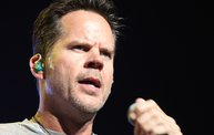 Up Close With Gary Allan at the Resch Center in Green Bay 16