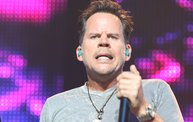 Up Close With Gary Allan at the Resch Center in Green Bay 14