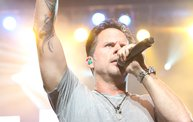 Up Close With Gary Allan at the Resch Center in Green Bay 11