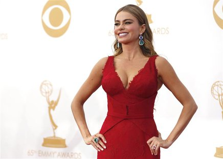 "Actress Sofia Vergara from ABC's series ""Modern Family"" arrives at the 65th Primetime Emmy Awards in Los Angeles September 22, 2013. REUTERS"