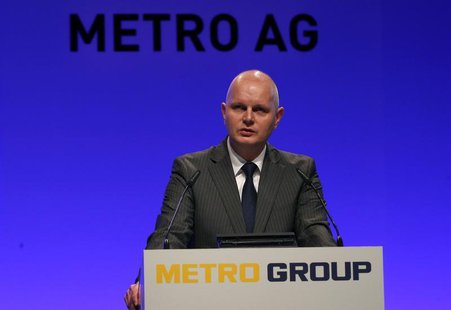 Olaf Koch, Chief Executive of Metro AG addresses the annual shareholder meeting in Duesseldorf May 8, 2013. REUTERS/Ina Fassbender