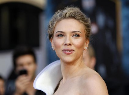 "Cast member Scarlett Johansson poses at the premiere of the movie ""Iron Man 2"" at El Capitan theatre in Hollywood, California April 26, 2010"