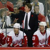 Red Wings head coach Mike Babcock (REUTERS)