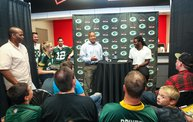 Eddie Lacy @ Verizon Wireless in Oshkosh With WIXX 30
