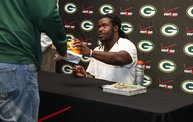 Eddie Lacy @ Verizon Wireless in Oshkosh With WIXX 26