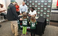 Eddie Lacy @ Verizon Wireless in Oshkosh With WIXX 25