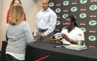 Eddie Lacy @ Verizon Wireless in Oshkosh With WIXX 22