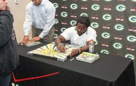 Eddie Lacy @ Verizon Wireless in Oshkosh With WIXX 21