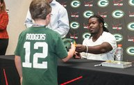Eddie Lacy @ Verizon Wireless in Oshkosh With WIXX 20