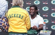 Eddie Lacy @ Verizon Wireless in Oshkosh With WIXX 5