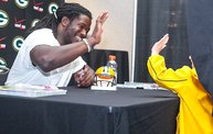Eddie Lacy @ Verizon Wireless in Oshkosh With WIXX 2