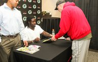 Eddie Lacy @ Verizon Wireless in Oshkosh With WIXX 16