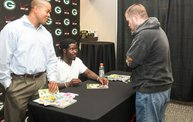 Eddie Lacy @ Verizon Wireless in Oshkosh With WIXX 15