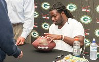 Eddie Lacy @ Verizon Wireless in Oshkosh With WIXX 1