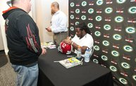 Eddie Lacy @ Verizon Wireless in Oshkosh With WIXX 12