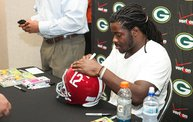 Eddie Lacy @ Verizon Wireless in Oshkosh With WIXX 11