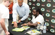 Eddie Lacy @ Verizon Wireless in Oshkosh With WIXX 9