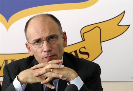 Italy's Prime Minister Enrico Letta attends a news conference in Lampedusa October 9, 2013. REUTERS/Calogero Lampo