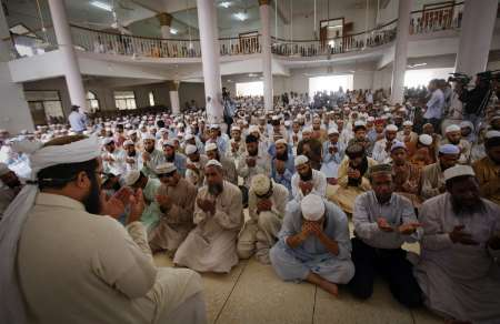Mosque interior during prayer time REUTERS/Athar Hussain