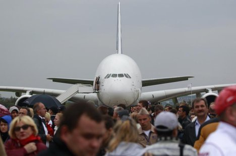 An Airbus A380 plane is seen on display at the MAKS International Aviation and Space Salon in Zhukovsky, outside Moscow August 31, 2013. REU