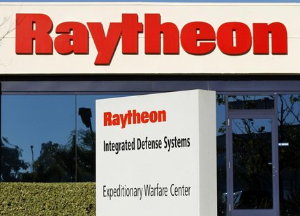 One of Raytheon's Integrated Defense buildings is seen in San Diego, California in this January 20, 2011 file photo. REUTERS/Mike Blake/File