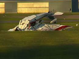 Plane crash at Princeton airport (WCCO)