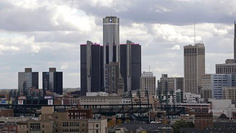 General Motors World Headquarters (C) is seen looking south from the midtown area in Detroit, Michigan October 23, 2013. REUTERS/Rebecca Coo