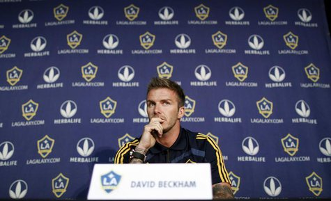 Los Angeles Galaxy soccer player David Beckham attends a press conference in Hoboken, New Jersey, July 15, 2009. REUTERS/Gary Hershorn