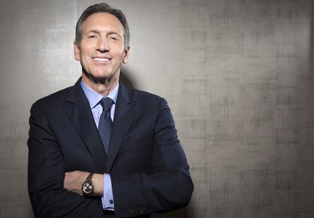 Howard Schultz, chief executive of Starbucks, poses for a portrait at his new Teavana store in New York, October 23, 2013. REUTERS/Carlo All