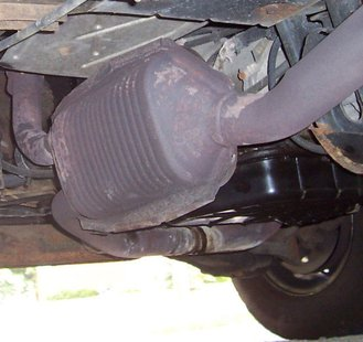 Catalytic Converter (Photo by: Wikipedia)