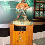 Paul Bunyan Trophy (Wikipedia)