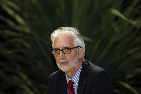 International Cycling Union (UCI) newly elected president Brian Cookson attends a news conference in Florence September 28, 2013. REUTERS/Gi