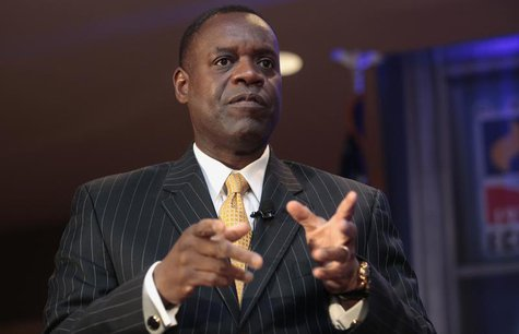 Detroit's emergency manager Kevyn Orr speaks to members of the Detroit Economic Club in Detroit, Michigan October 3, 2013. REUTERS/Rebecca C