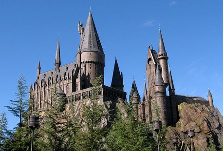 Hogwarts Castle in the Wizarding World of Harry Potter, an island of Island's Of Adventure in the Universal Orlando Resort. (Photo by: Carlos Cruz, Rstoplabe14/Creative Commons).