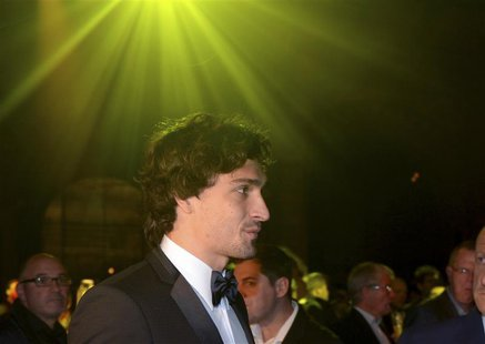 Borussia Dortmund's Mats Hummels attends the team's party at Britain's Natural History Museum in London May 26, 2013, following their Champi