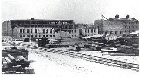 1891 Sioux Falls Stockyards and adjacent packing plant under construction. Photo from Siouxland Heritage Museums