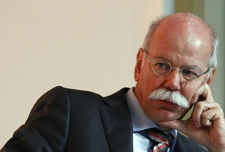 Daimler CEO Dieter Zetsche listens during a car summit organized by business newspaper Handelsblatt in Munich October 28, 2013. REUTERS/Mich