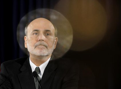 U.S. Federal Reserve Chairman Ben Bernanke pauses during a news conference following a two-day policy session in Washington November 2, 2011